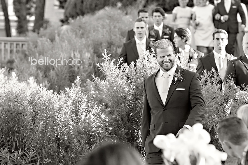 groom outdoor wedding